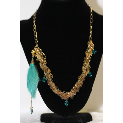 Collier plaqué or plume aqua