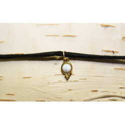 Leather necklace (chocker) White stone
