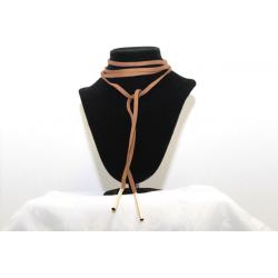 Collier de cuir ras-de-cou brun et or