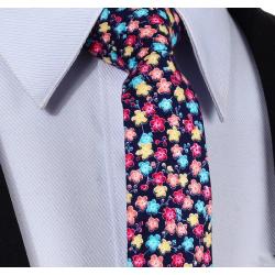 Cravate étroite motif floral